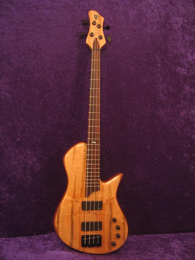 Single Cut 4 string bass