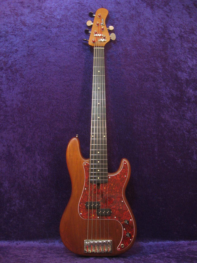 Traditional 6 String Bass