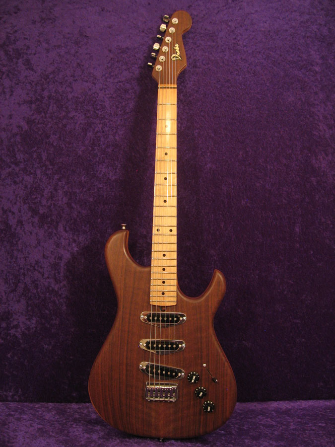 Traditional 6 String Guitar